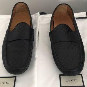 Men's Gucci leather shoes